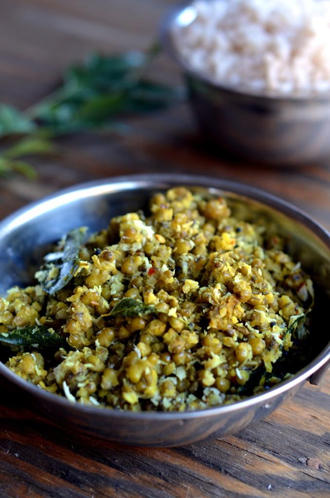 Cherupayar Thoran - Green Mung Saute with Coconut - Kerala Recipe Indian Recipe Vegetarian Vegan - Cooking Curries (2)
