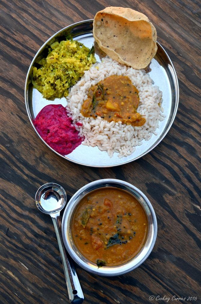 Varuthu Aracha Sambar - Kerala Sadya Recipes Onam Vishu (2)