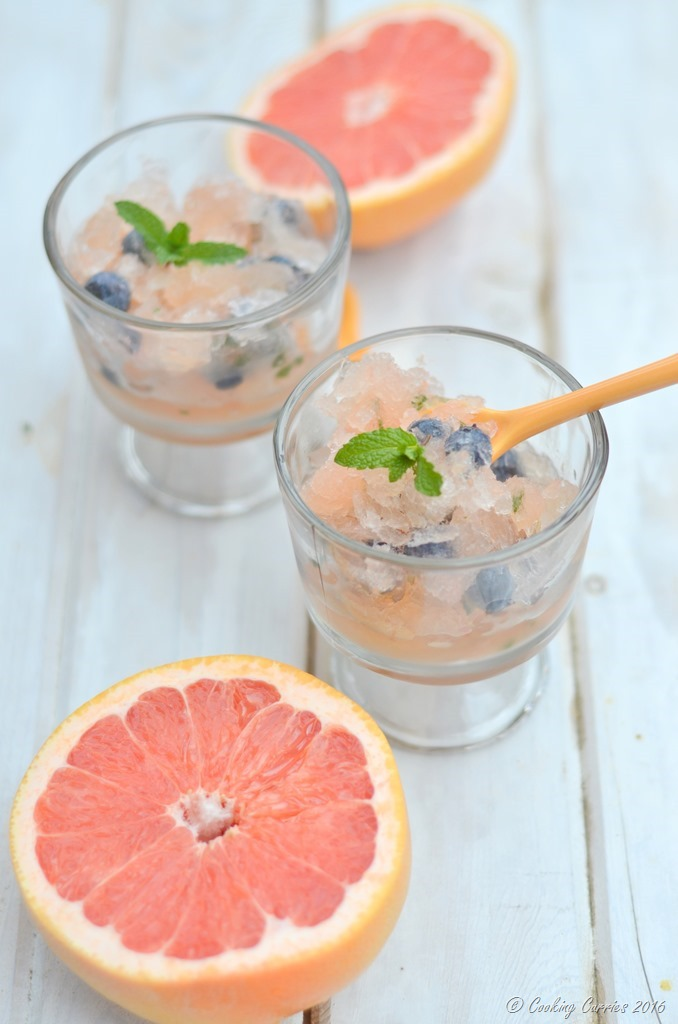 Blueberry Grapefruit Mojito Slushies - Summer Treat - FoodieMamas - www.cookingcurries.com (2)