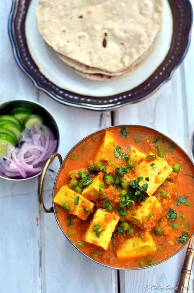 Matar Paneer - Paneer and Green Peas in a Spiced Tomato Sauce - www.cookingcurries.com (3)