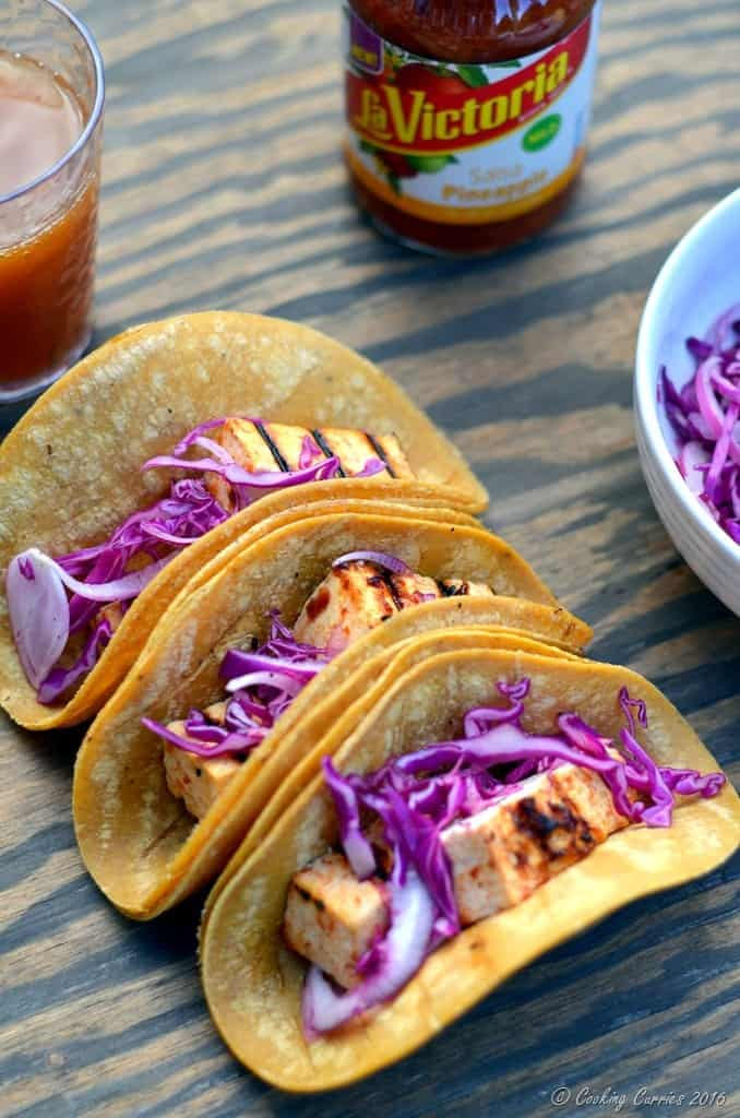 Sweet Ginger Chile Grilled Tofu Tacos with Pineapple Salsa and Pickled Onions and Cabbage - Vegetarian Tacos www.cookingcurries.com (3)
