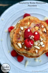 Raspberry White Chocolate Pancakes – FoodieMamas
