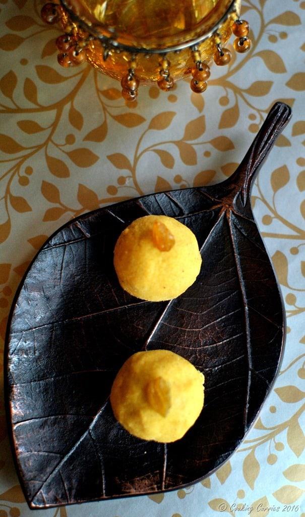 Besan Laddoo with Pumpkin Spice - Diwali Recipes - www.cookingcurries.com (3)