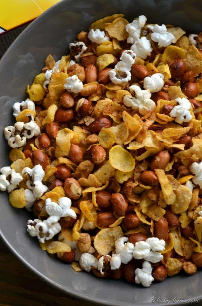 Popcorn Cereal Trail Mix - perfect snack for movies (2)