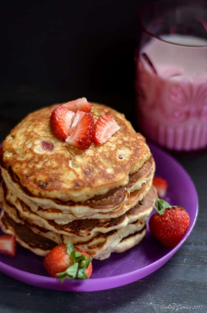 Strawberry Banana Pancakes (1 of 5)