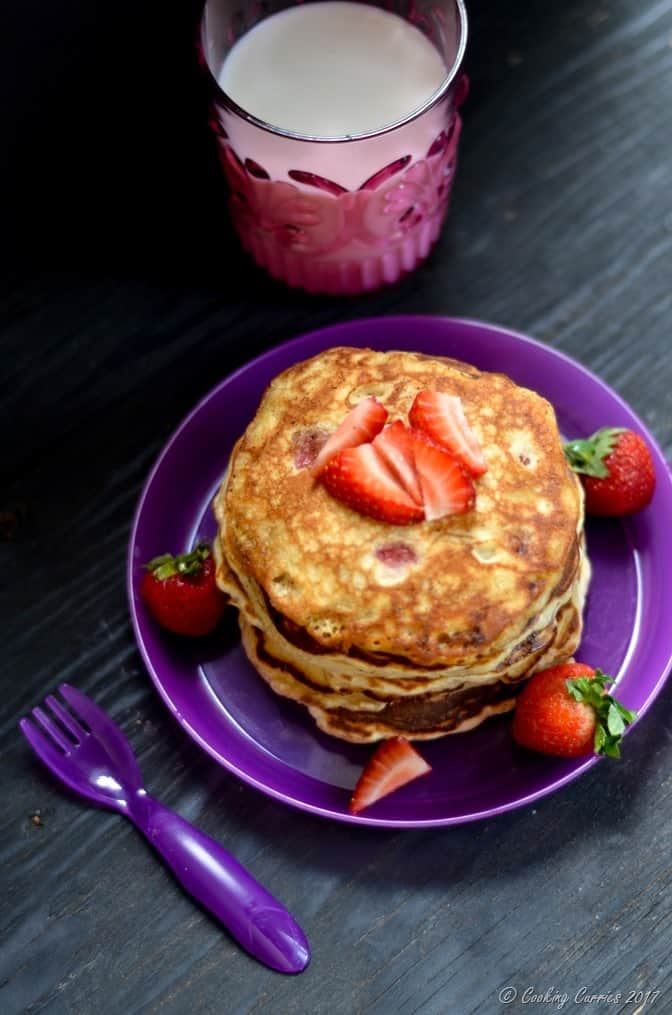 Strawberry Banana Pancakes (2 of 5)