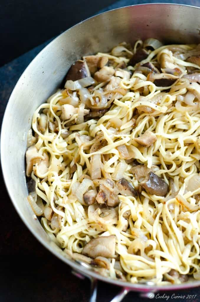 Linguine with Mushrooms in a White Wine Butter Sauce (2 of 6)
