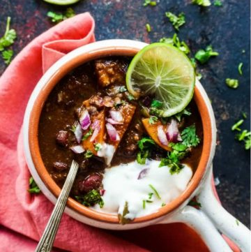Instant Pot Vegetarian Butternut Squash and Kidney Beans Chili