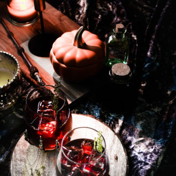 Spooky cocktails with Harry Potter paraphernalia